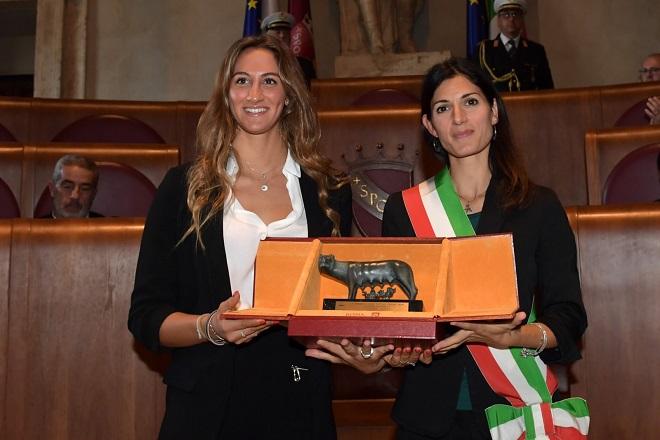 Campionati mondiali di nuoto: premiata la romana Simona Quadarella